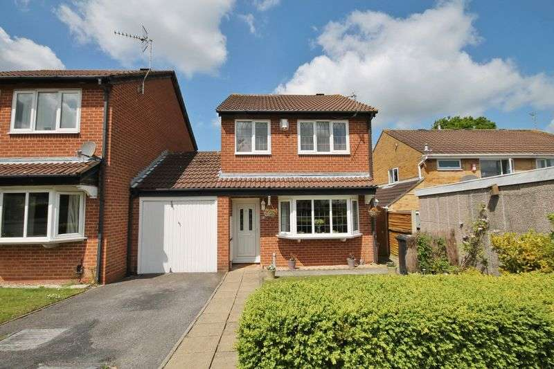 3 Bedrooms House for sale in 94 Oak Close, Little Stoke, BS34 6RD