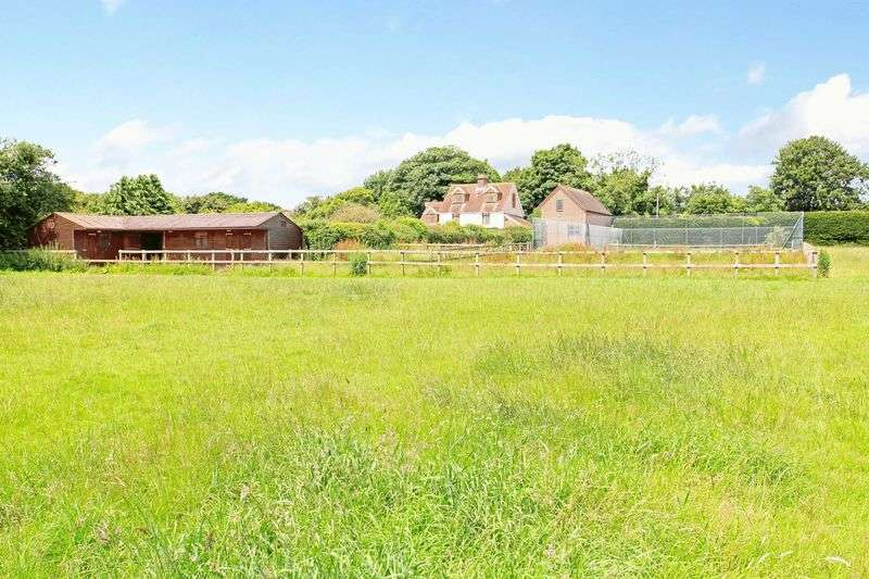 5 Bedrooms Detached House for sale in Petersfield Lane, Clanfield, Hampshire