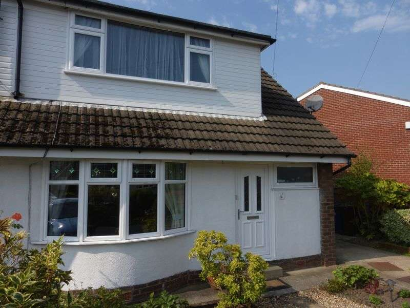 3 Bedrooms Semi Detached Bungalow for sale in West Croft, Much Hoole. Preston