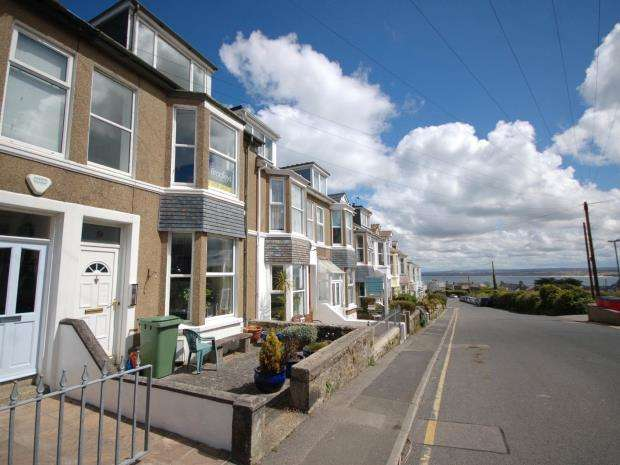 1 Bedroom Maisonette Flat for sale in Ayr Terrace, St Ives, Cornwall
