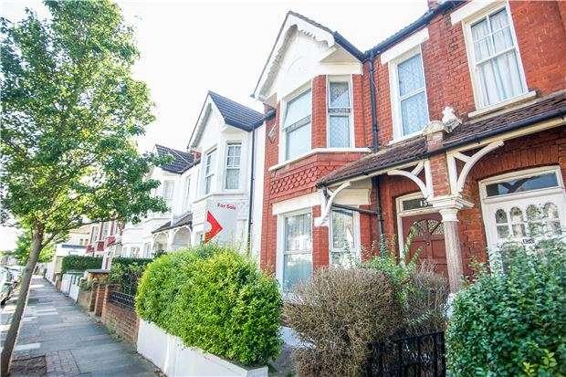 4 Bedrooms Terraced House for sale in Trentham Street, LONDON, SW18 5DJ