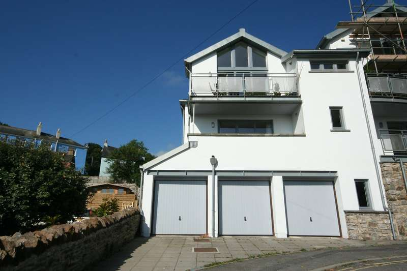 2 Bedrooms Flat for sale in 9 The Lamb, Totnes