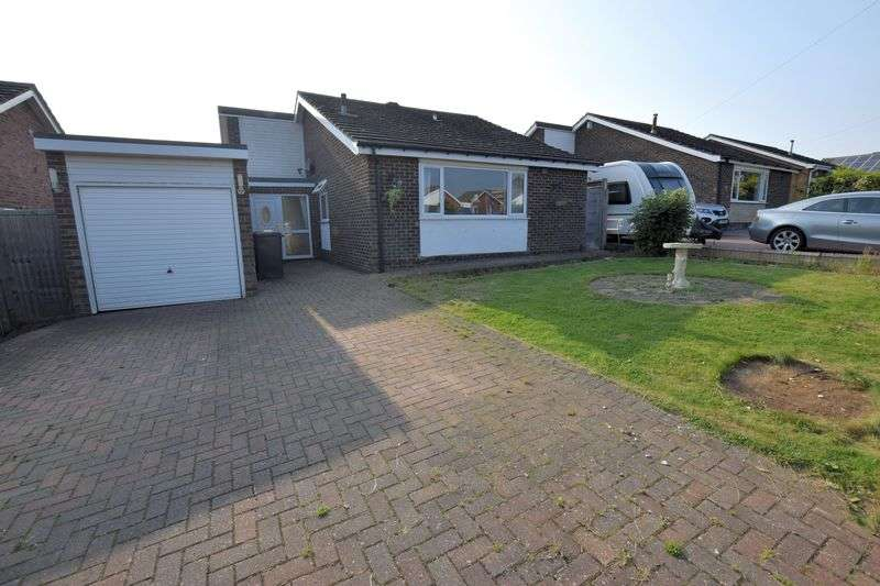 4 Bedrooms Detached Bungalow for sale in Highfields, Nettleham, Lincoln