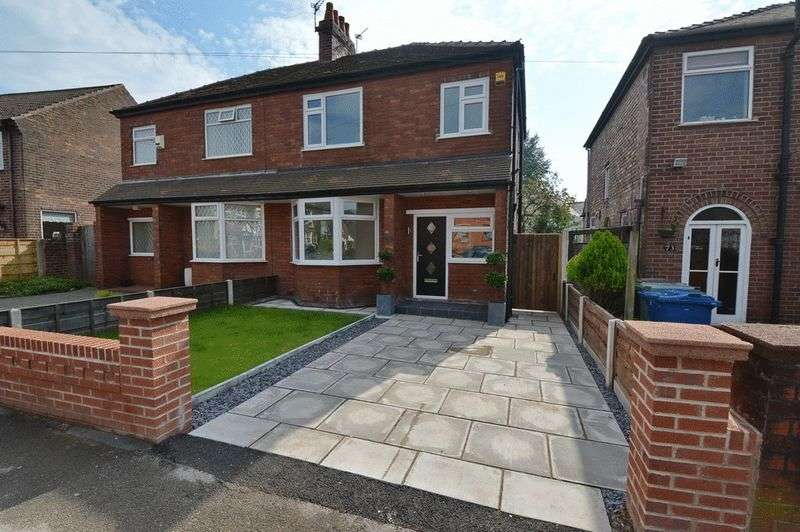 3 Bedrooms Semi Detached House for sale in Whittaker Lane, Prestwich, Manchester