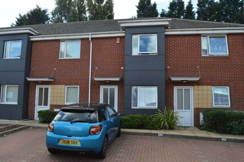 2 Bedrooms Flat for sale in Crankhall Lane, West Bromwich
