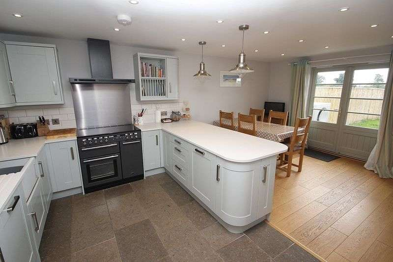 3 Bedrooms Terraced House for sale in Martin Street, Baltonsborough
