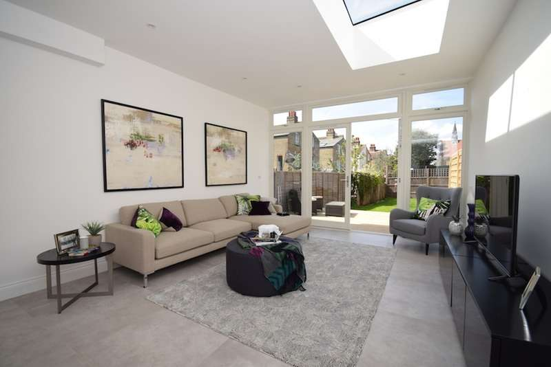 5 Bedrooms Terraced House for sale in Ritherdon Rd, London, London, SW17
