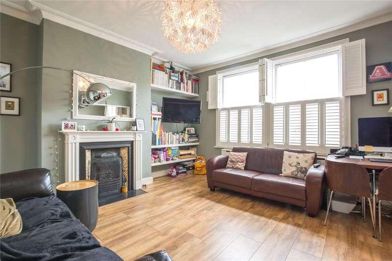 3 Bedrooms Maisonette Flat for sale in Ashley Road, Stroud Green, London, N19