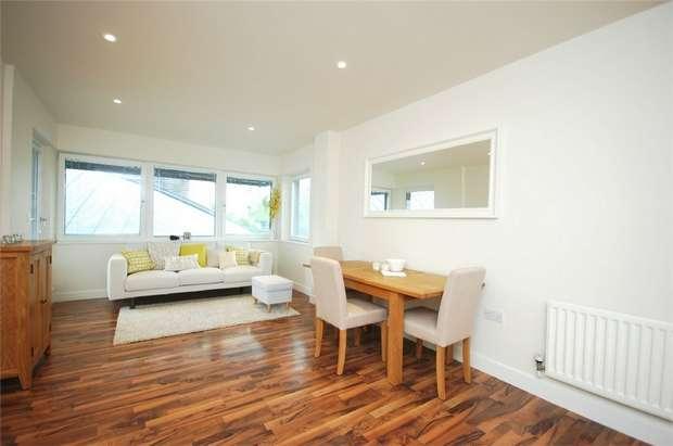 2 Bedrooms Flat for sale in 8 Hillside, Harlesden, London