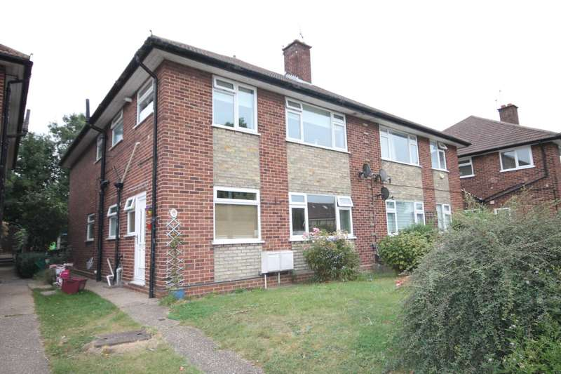2 Bedrooms Maisonette Flat for sale in Westerham Drive, Sidcup