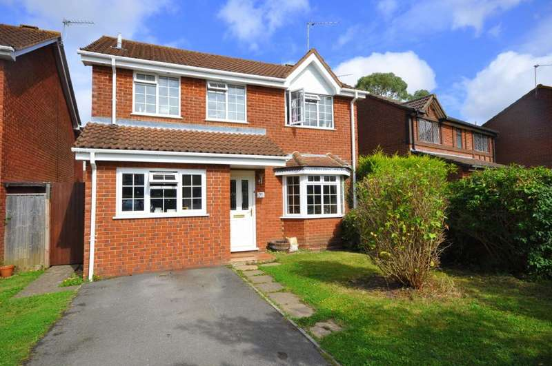 4 Bedrooms Detached House for sale in Pelican Mead, Ringwood, BH24 3RG