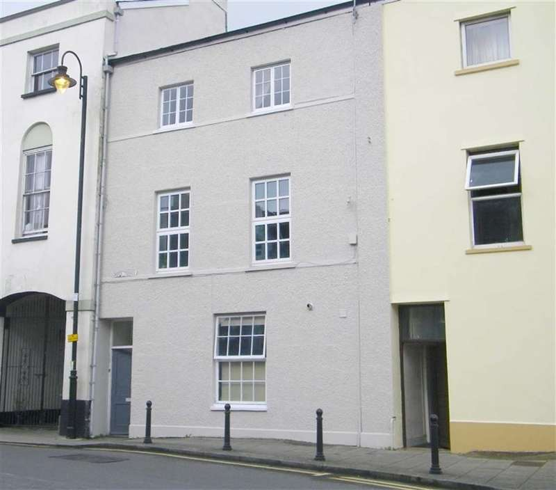 1 Bedroom Flat for sale in Castle Terrace, Narberth, Pembrokeshire