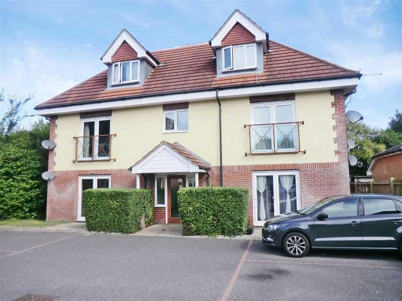 2 Bedrooms Flat for sale in Princess Gate, Poole, Dorset