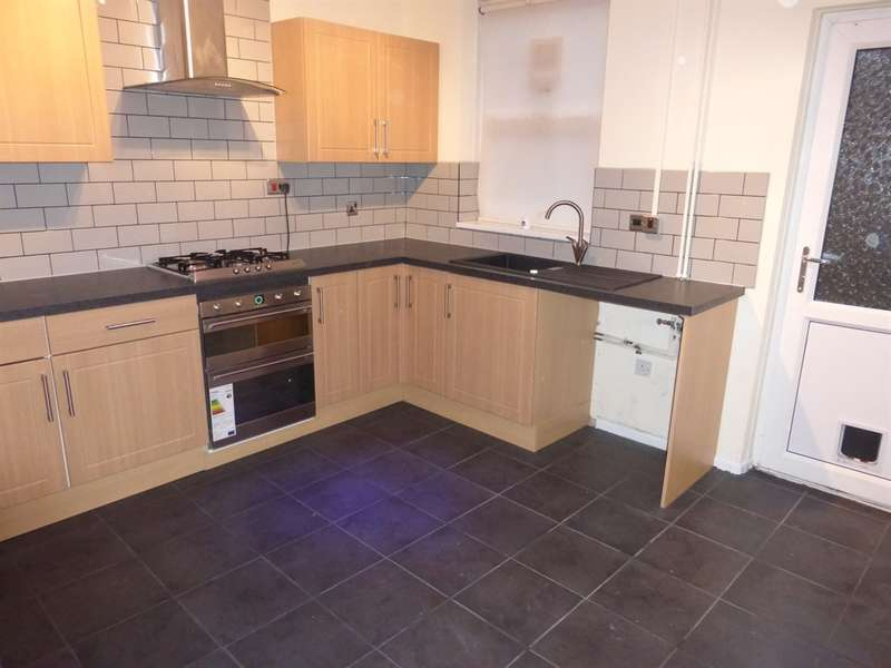 2 Bedrooms Terraced House for sale in Maesteg Road, Cymmer, Port Talbot