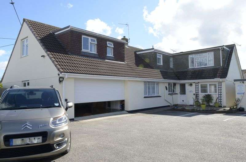 8 Bedrooms Detached House for sale in Penmare Terrace, Hayle