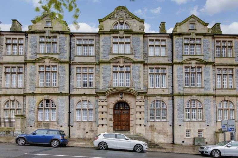2 Bedrooms Flat for sale in Pentonville, Newport