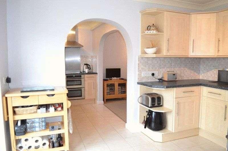 4 Bedrooms Detached House for sale in Littlefield Lane, Marshchapel, Grimsby