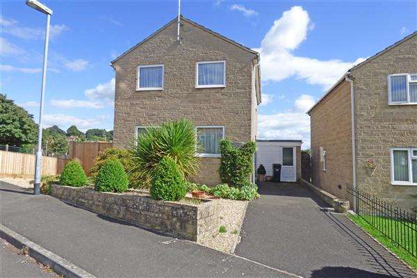 3 Bedrooms Detached House for sale in Verrington Park Road, Wincanton