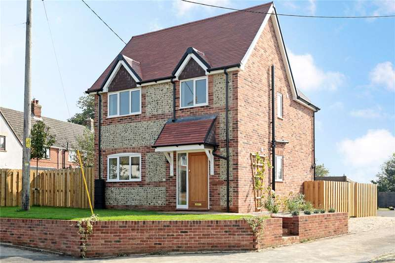 3 Bedrooms Detached House for sale in Aldbourne Road, Baydon, Marlborough, Wiltshire, SN8