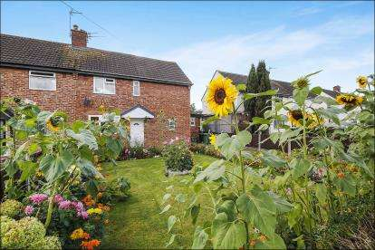 3 Bedrooms Semi Detached House for sale in Fryer Road, Lostock Gralam, Northwich, Cheshire