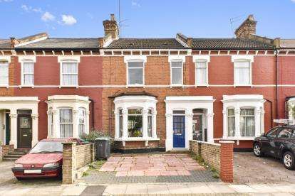 3 Bedrooms Terraced House for sale in Malvern Road, London