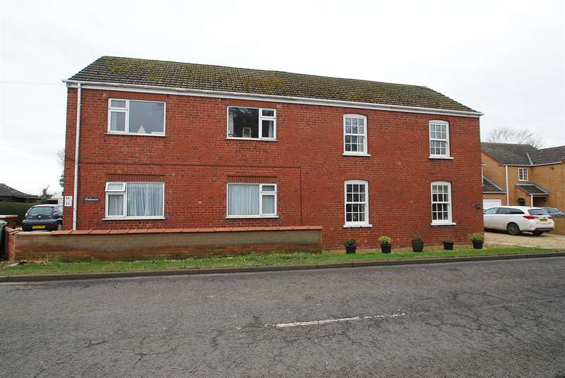 2 Bedrooms Apartment Flat for sale in Station Road, Burgh Le Marsh