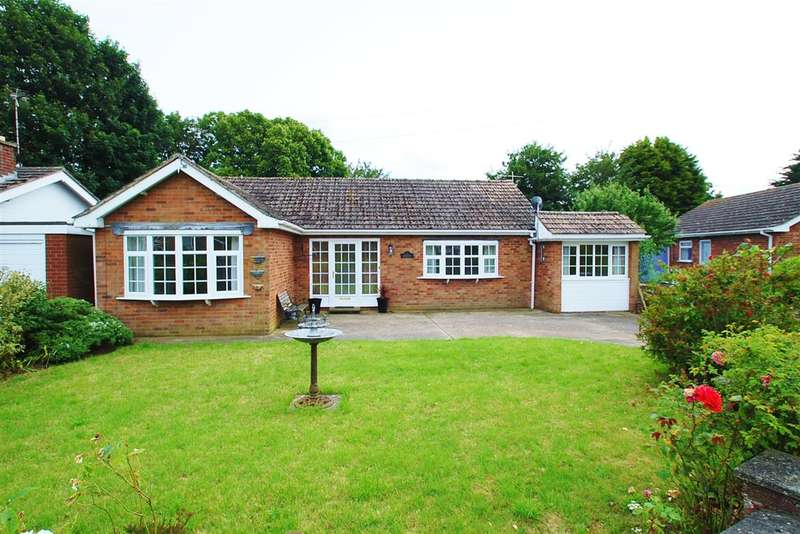 4 Bedrooms Bungalow for sale in Woodlea, Parklands, Mumby, Skegness