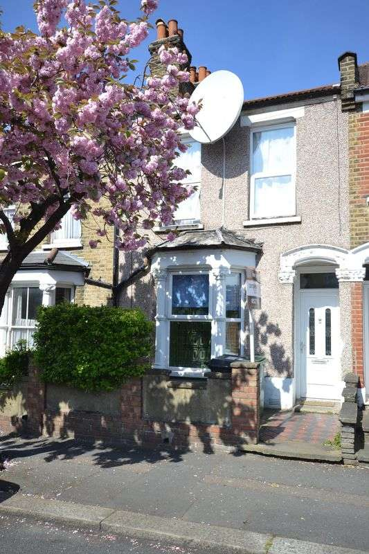 5 Bedrooms Property for sale in Melbourne Road, London