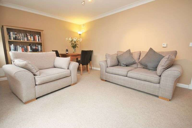 2 Bedrooms Flat for sale in 25 Prestonfield Gardens, Linlithgow