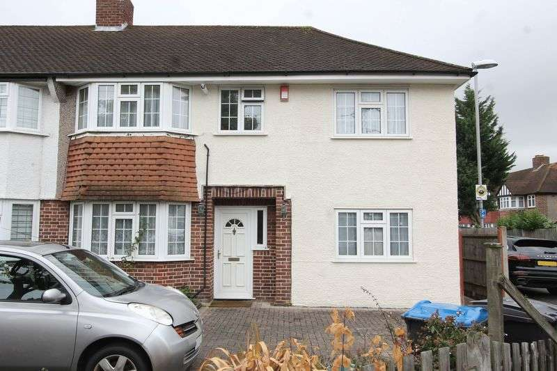 4 Bedrooms Terraced House for sale in Kingshill Avenue, Worcester Park