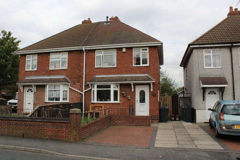 3 Bedrooms Semi Detached House for sale in Hall Lane, Tipton