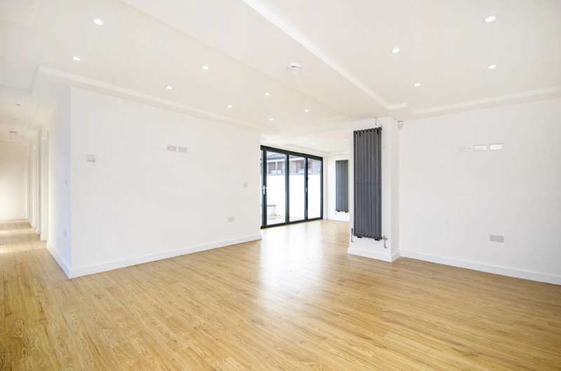 4 Bedrooms Detached House for sale in Brinkworth Way, Hackney Wick, E9