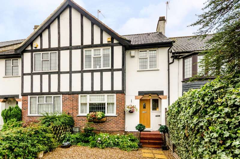 3 Bedrooms Terraced House for sale in Burnt Ash Lane, Bromley, BR1
