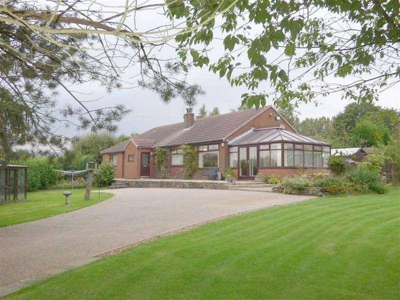 4 Bedrooms Property for sale in Greenfield Lane, Smallbridge, Rochdale, Lancashire, OL16
