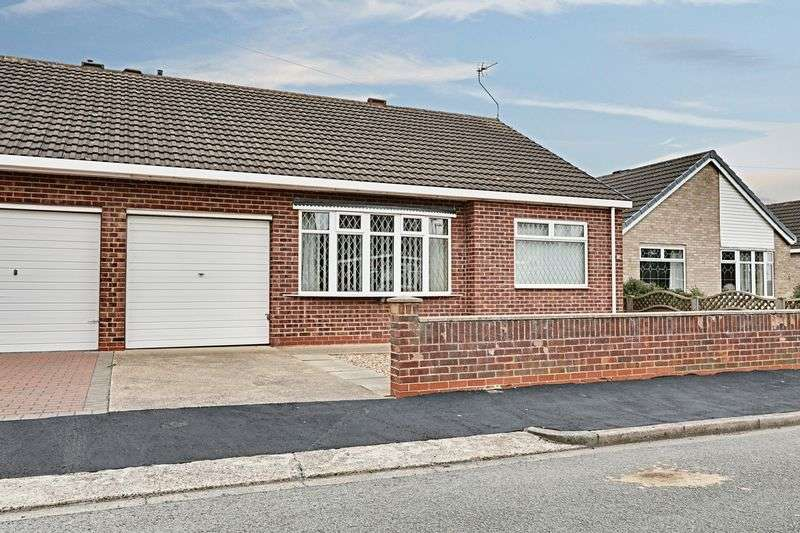 2 Bedrooms Semi Detached Bungalow for sale in Bessacarr Avenue, Willerby