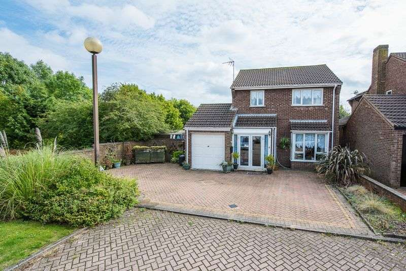 3 Bedrooms Detached House for sale in Stainton Drive, Heelands, Milton Keynes