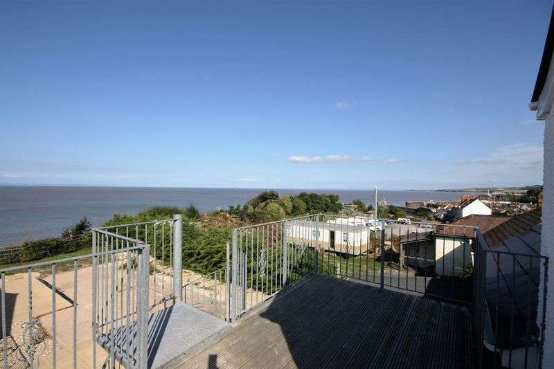 2 Bedrooms Flat for sale in Apartment with sea view!