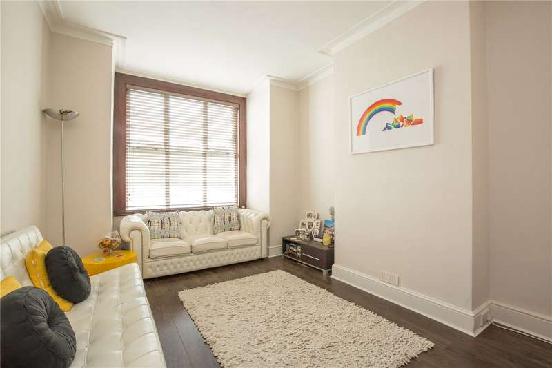 2 Bedrooms Maisonette Flat for sale in Leslie Road, East Finchley, London, N2