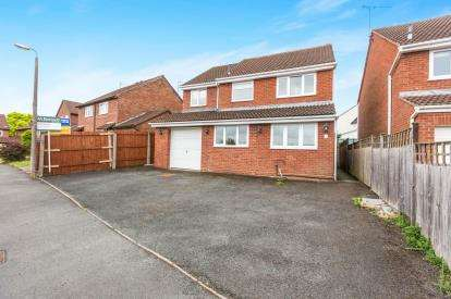 5 Bedrooms Detached House for sale in Sheringham Road, Worcester, Worcestershire