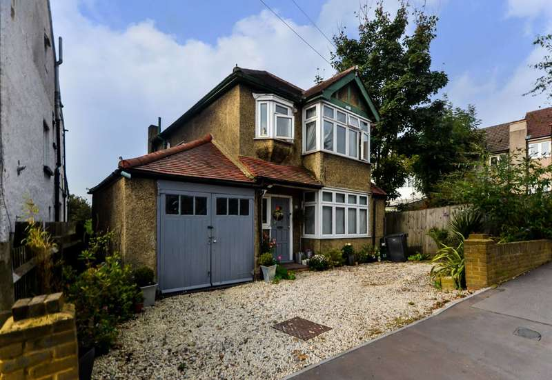3 Bedrooms Detached House for sale in Egerton Road, South Norwood, SE25