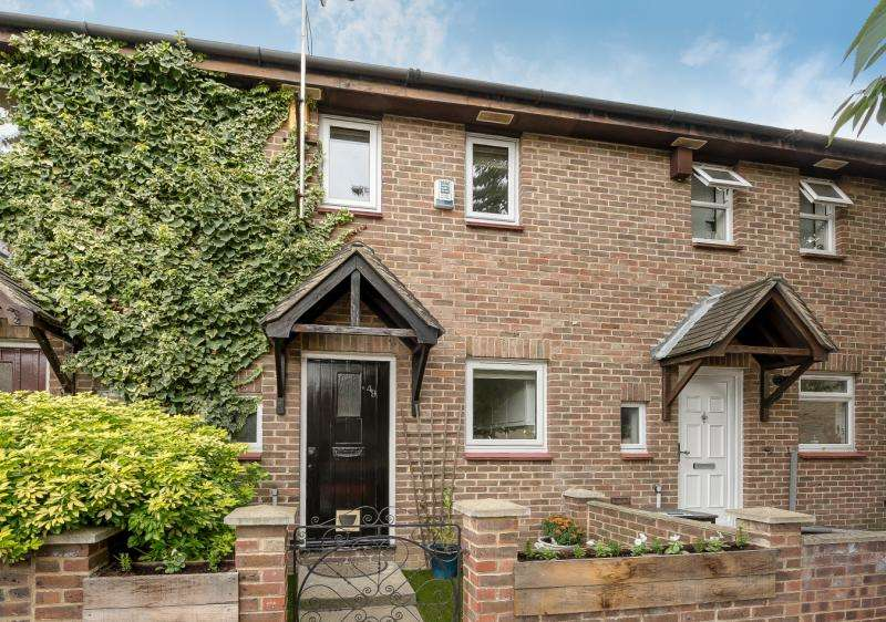 2 Bedrooms Terraced House for sale in Fleming Road, Walworth, London, SE17