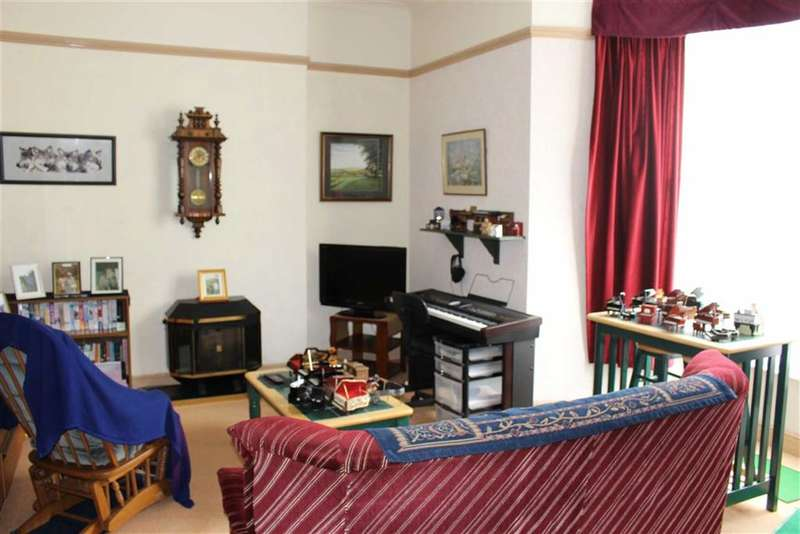 1 Bedroom Flat for sale in Islay Court, 22, Victoria Street, Tenby