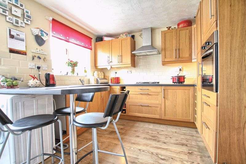 2 Bedrooms Semi Detached House for sale in Florence Court, Ingleby Barwick