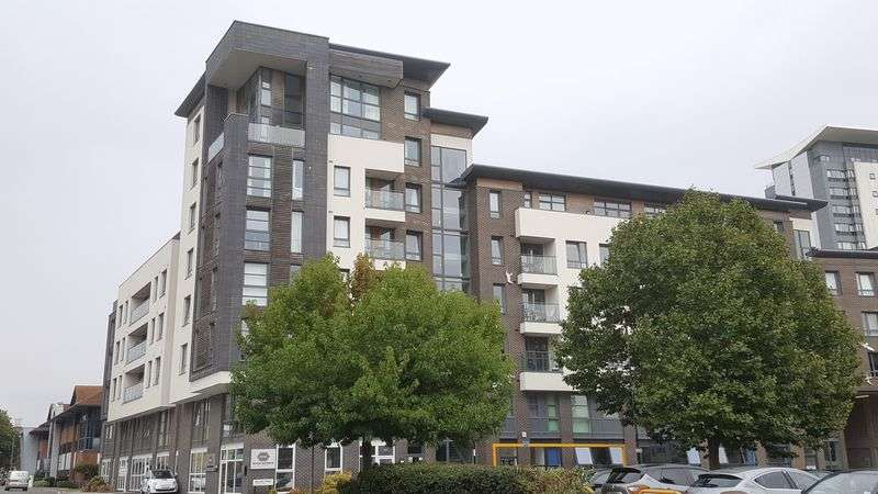 2 Bedrooms Flat for sale in Empress Heights - Penthouse