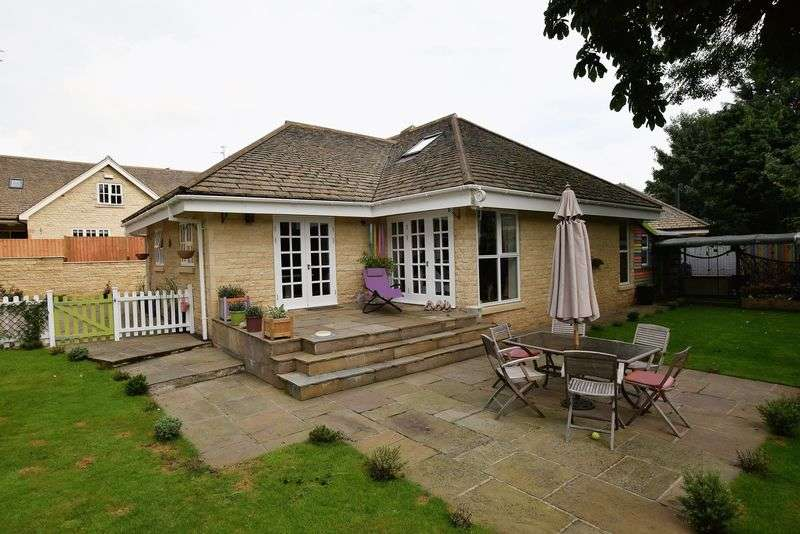 5 Bedrooms Detached House for sale in Great Lane, Greetham, Rutland