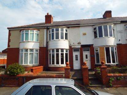 3 Bedrooms Terraced House for sale in Layton Road, Blackpool, Lancashire, FY3