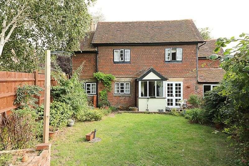 3 Bedrooms Detached House for sale in Springfield Road, Groombridge, Tunbridge Wells