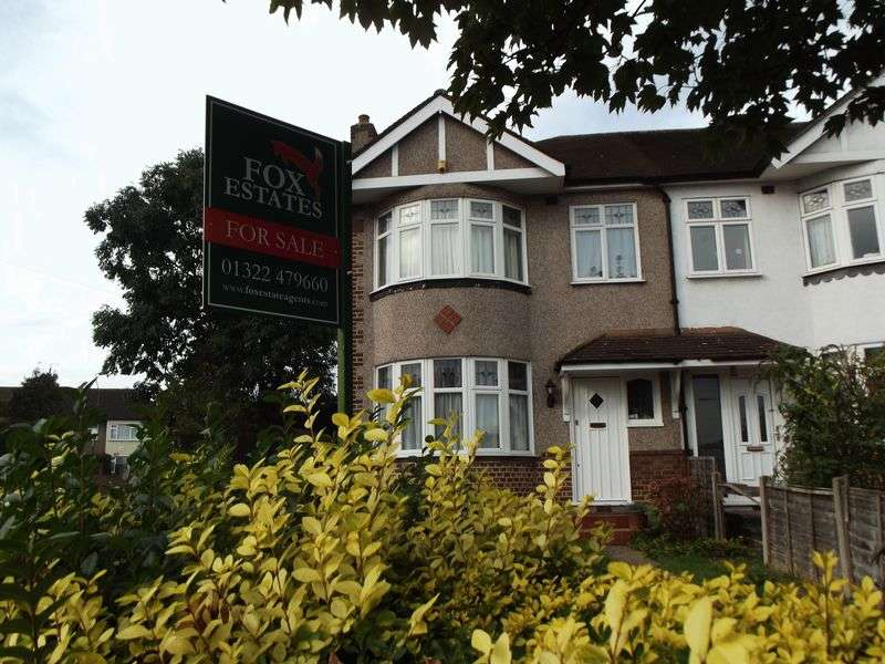 3 Bedrooms Semi Detached House for sale in Bedonwell Road, Bexleyheath