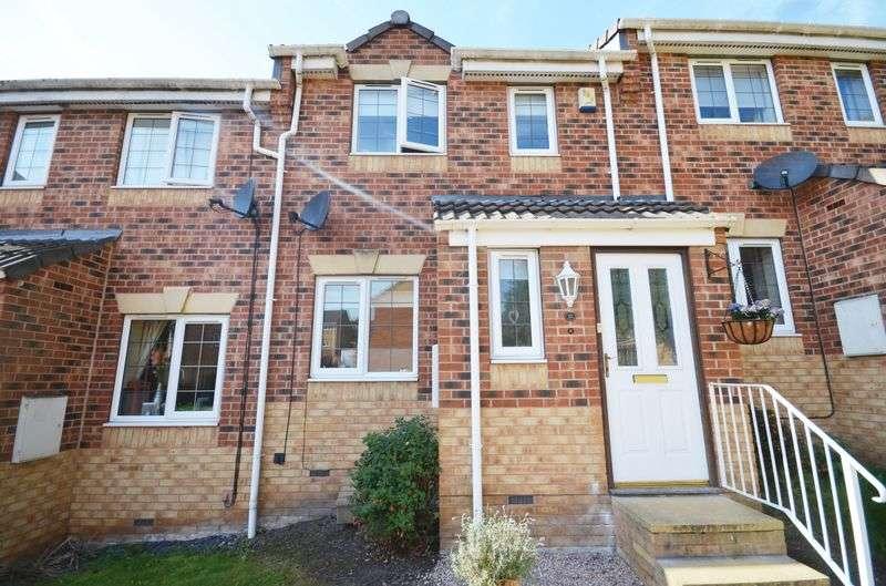 2 Bedrooms House for sale in 16 Apple Tree Walk, Leeds, LS25 7SD