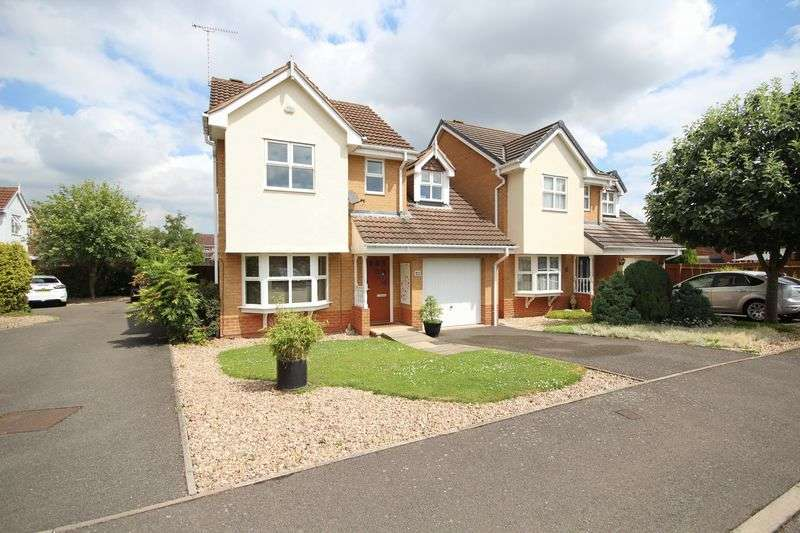 3 Bedrooms Detached House for sale in Dewchurch Drive, Derby